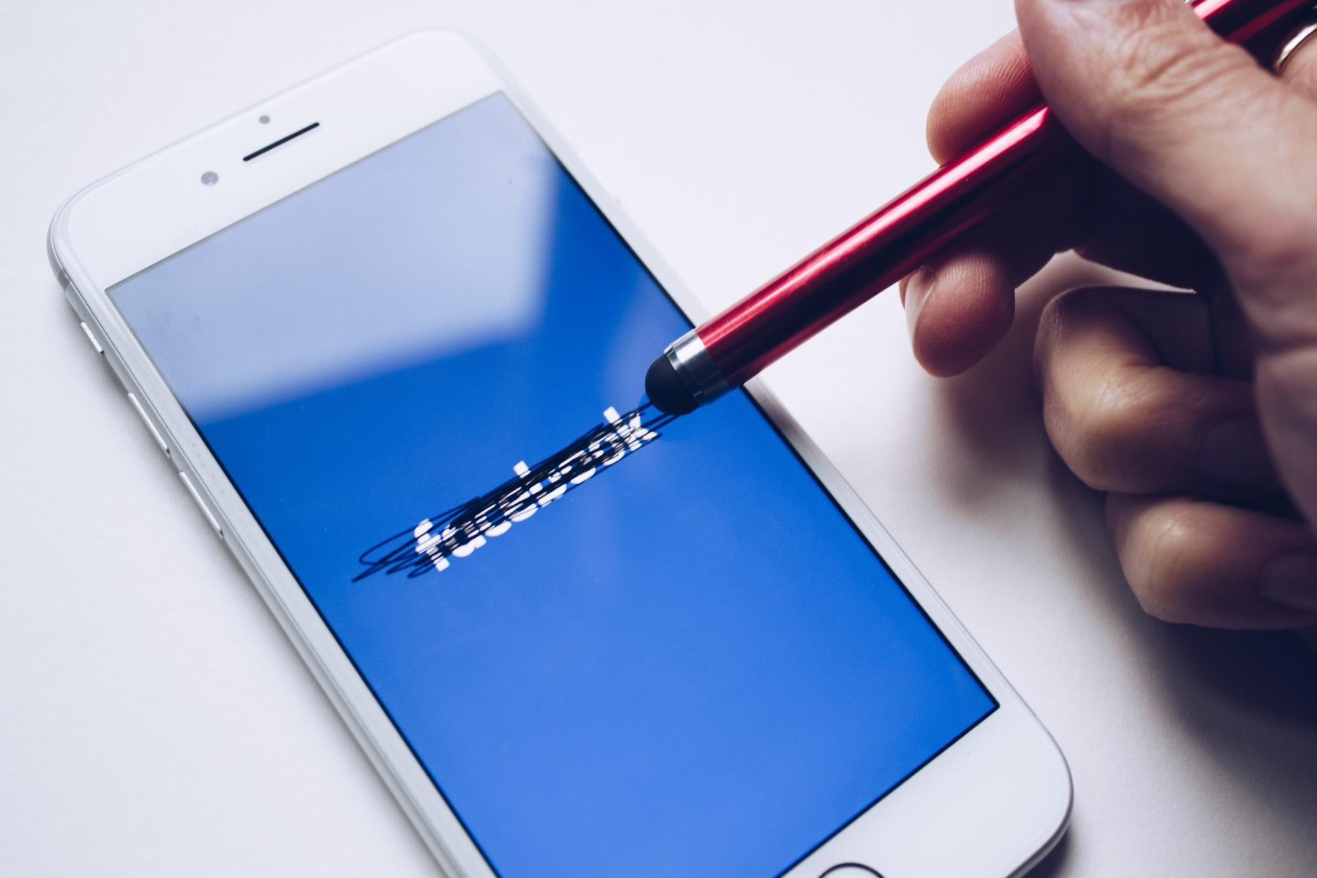 come cancellarsi da facebook come cancellare account definitivamente