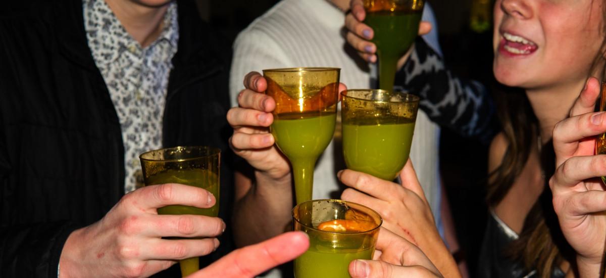 assenzio caratteristiche gradazione alcol cocktail quantita