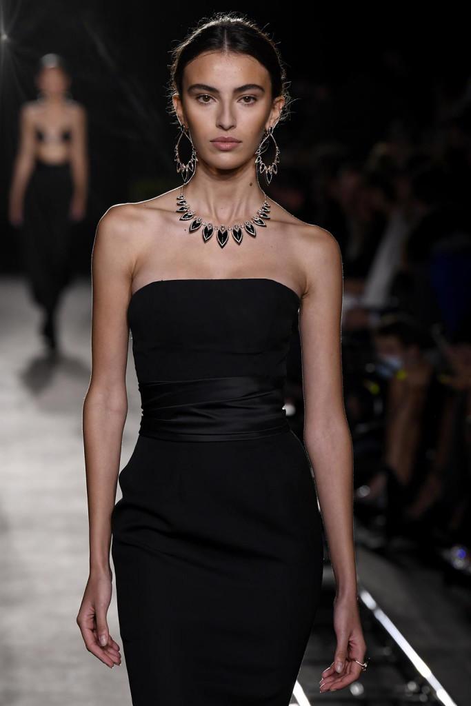 messika by kate moss fashion show alta gioielleria