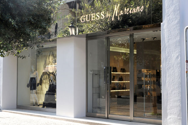 Boutique Guess by Marciano a Salerno