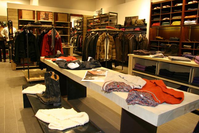 Boutique Marlboro Classics a Mosca