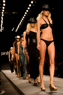 Parah Noir P-E 2010