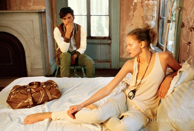 Nan goldin firma la campagna p e 2010 di bottega veneta fashion times - Nan goldin il giardino del diavolo ...