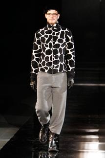 Giorgio Armani A-I 2010/2011