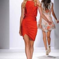 Abiti Da Sera Gattinoni.La Donna Romantic Chic Di Gattinoni Fashion Times