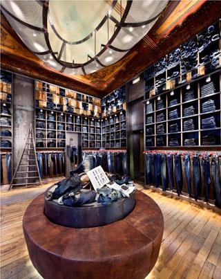 Store Replay a Paris