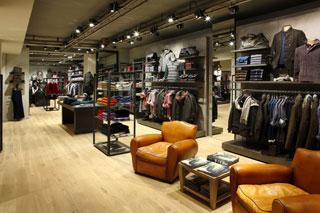 Boutique Marlboro Classics in Via Torino, Milano