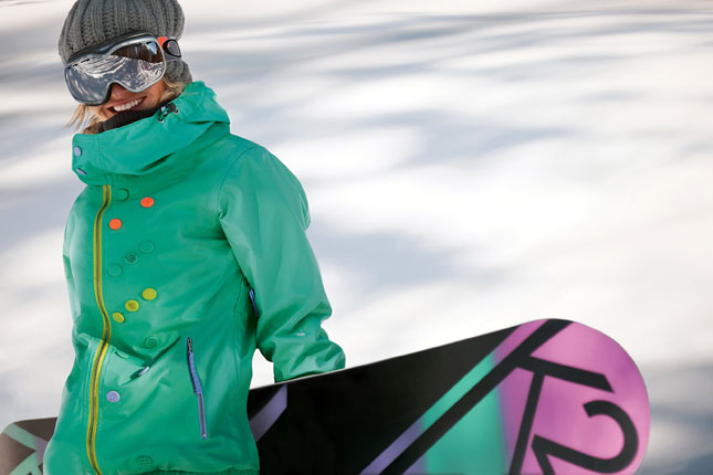 Gretchen Bleiler firma la Kulture Jacket di Oakley