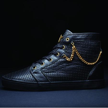 Black and gold per le Vans x Santigold