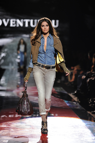 Guess Jeans Fall-Winter 2011