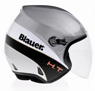 Blauer Helmets