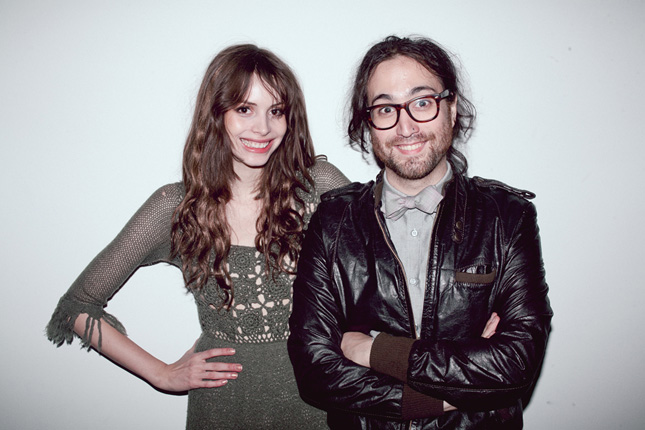 Sean Lennon e Charlotte Kemp Muhl
