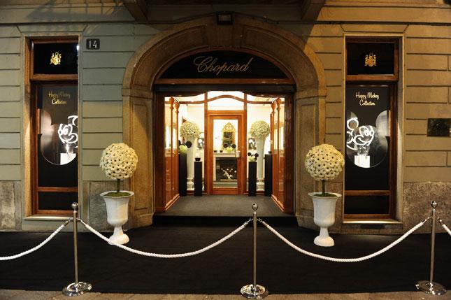 Boutique Chopard. Il protagonista è Mickey Mouse