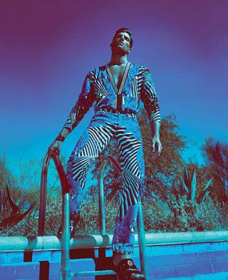 Ryan Barrett per Versace