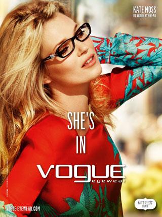 Kate Moss posa per Vogue Eyewear