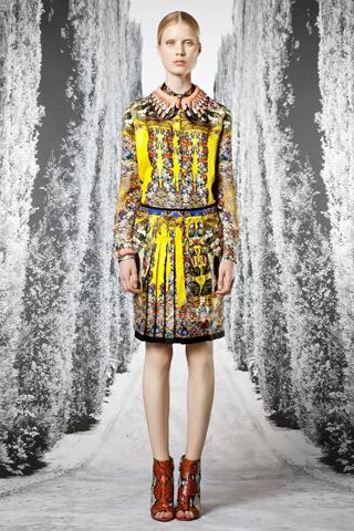 Roberto Cavalli pre-collezione spring-summer 2013