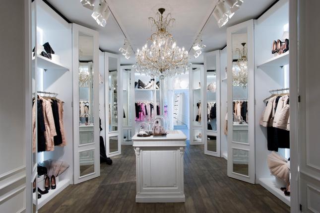 Boutique REDValentino Milano