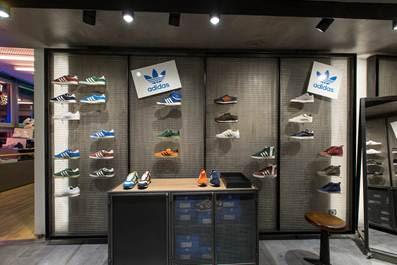 Sneaker Zone   La Rinascente Milano