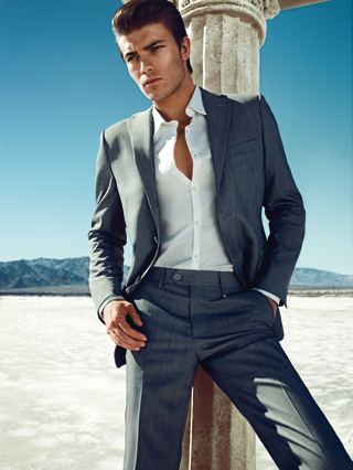 GUESS by Marciano sceglie Las Vegas | Spring Summer 2013