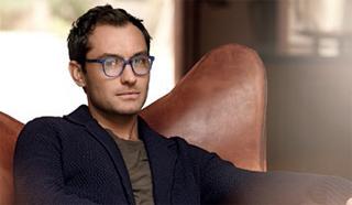 Jude Law per He's di Vogue Eyewear