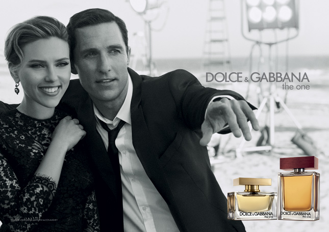 Scarlett Johansson e Matthew McConaughey per The One by Dolce & Gabbana