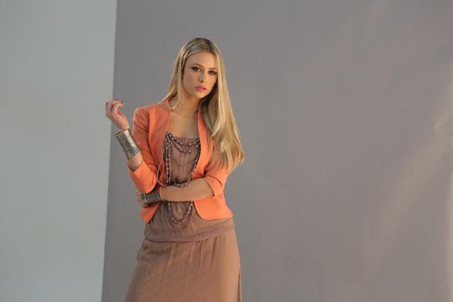 Martina Stella sul set della campagna Giorgia & Johns