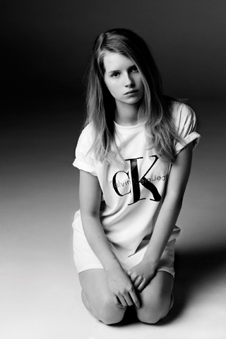 Lottie Moss per Calvin Klein x mytheresa.com The Re-Issue Project