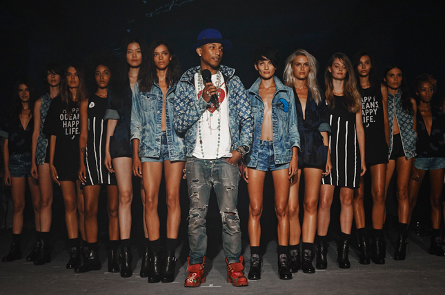 Pharrell Williams al RAW For The Oceans by G-Star | New York Fashion Week
