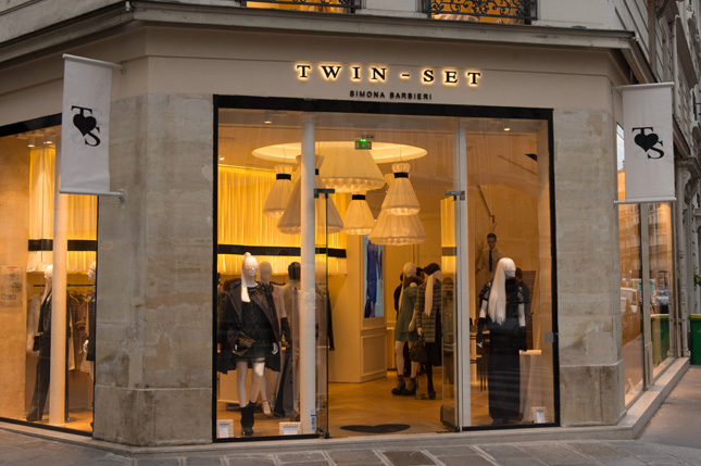 Boutique Twin-Set Simona Barbieri a Parigi