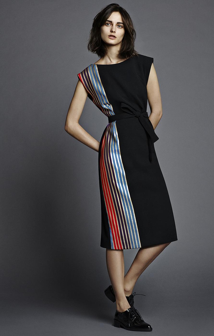 MODEL_Osman_Amazon_dress_fulllength_alta