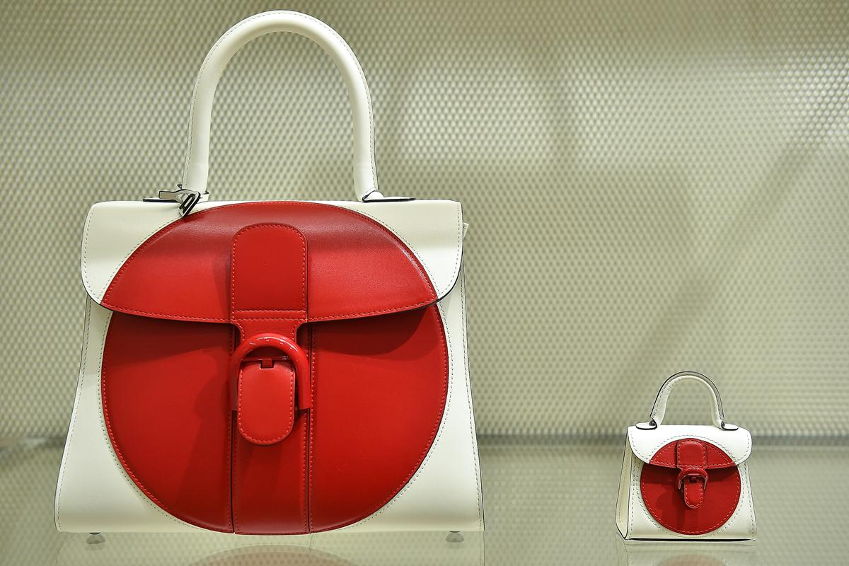 delvaux brilliant red moon (3)