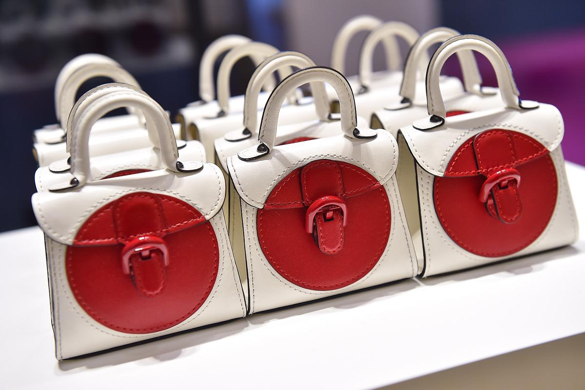 delvaux brilliant red moon (4)