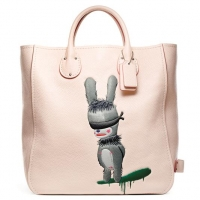 COACH-SPRING-SUMMER-2015-Emmanuel Hare Ray Tall Tatum Tote (Copy)