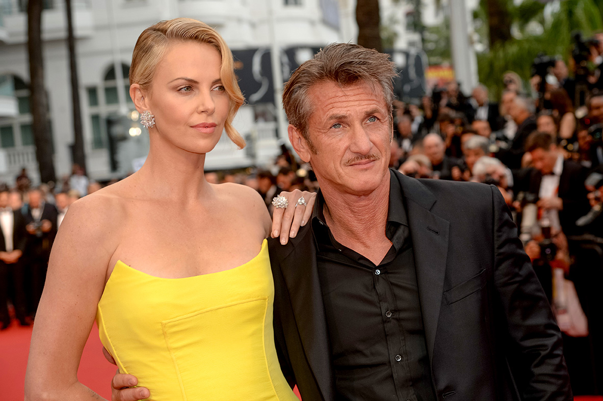 Charlize Theron con gioielli Chopard e Sean Penn
