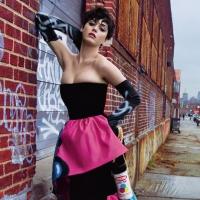 Katy Perry per la campagna Autunno-Inverno 2015 di Moschino