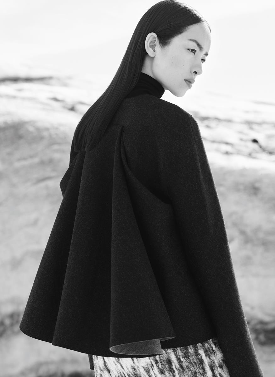 Cos minimalismo giapponese per la nuova campagna fw 15 16 for Minimalismo giapponese