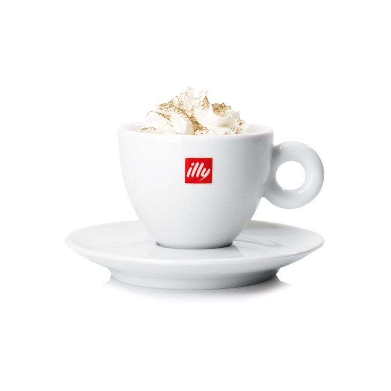 Espresso, latte fresco, panna e zenzero.