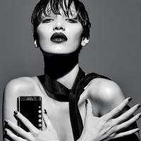 Bella Hadid for Samsung Galaxy S6 edge+