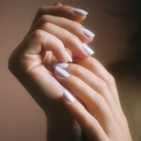 Female_hands