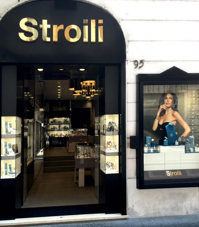 stroili new opening (1)