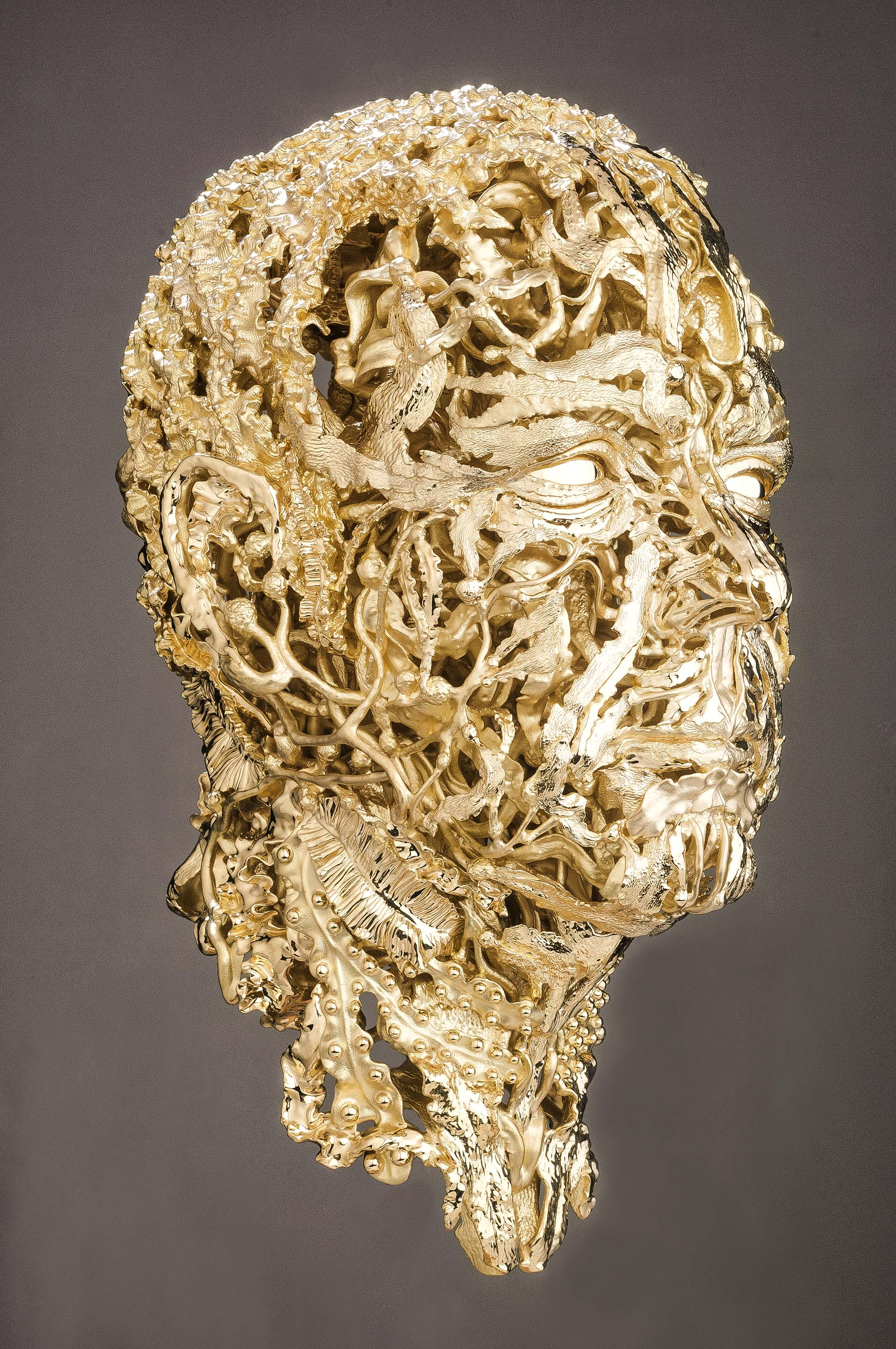 Damiani crea una scultura per il Principe Alberto