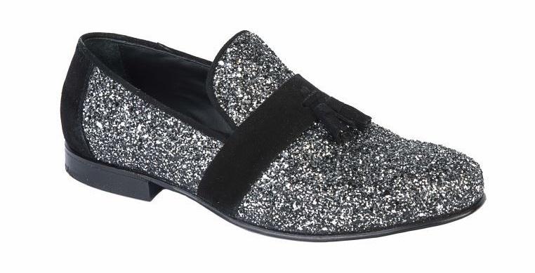 Passion Blanche, Pantofola glitter nera argento piu nappine