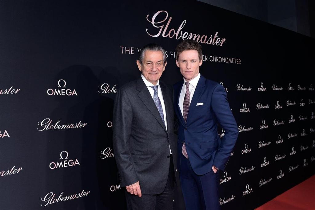 Eddie Redmayne e Stephen Urquhart, Presidente di Omega