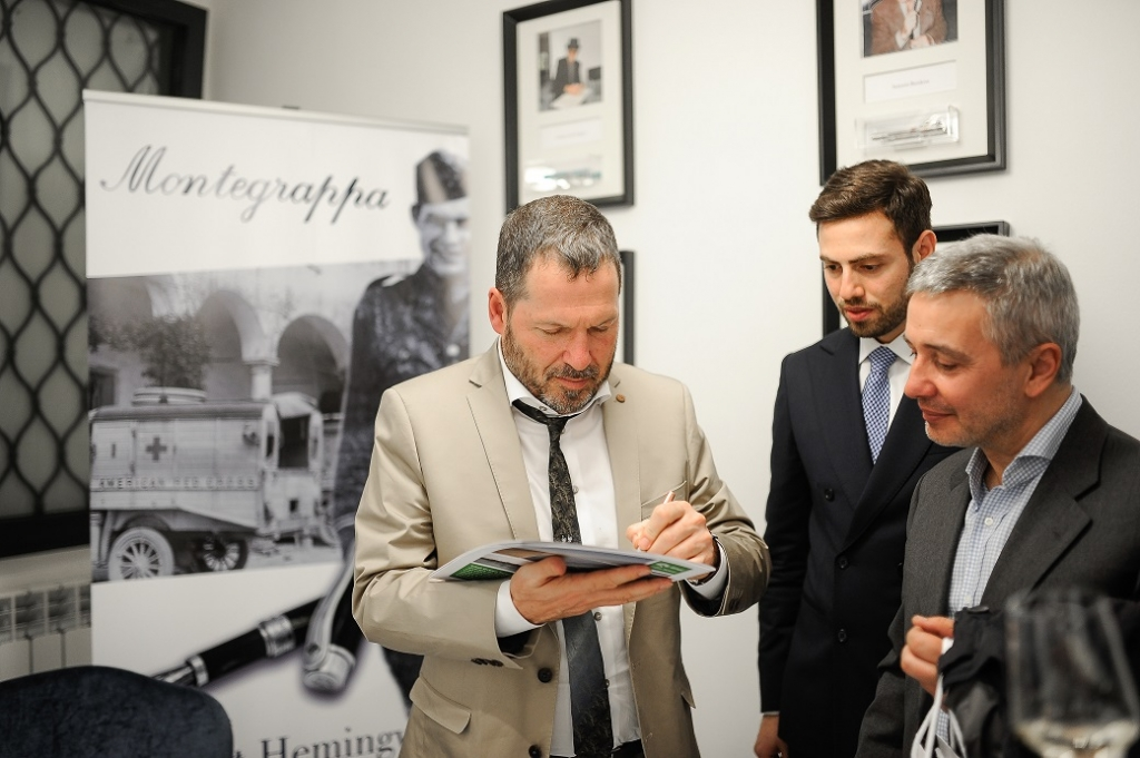 Montegrappa - John Hemingway in negozio a Milano