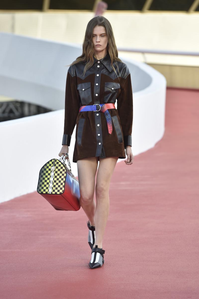 Louis Vuitton Cruise 2017: foto sfilata – Fashion Times