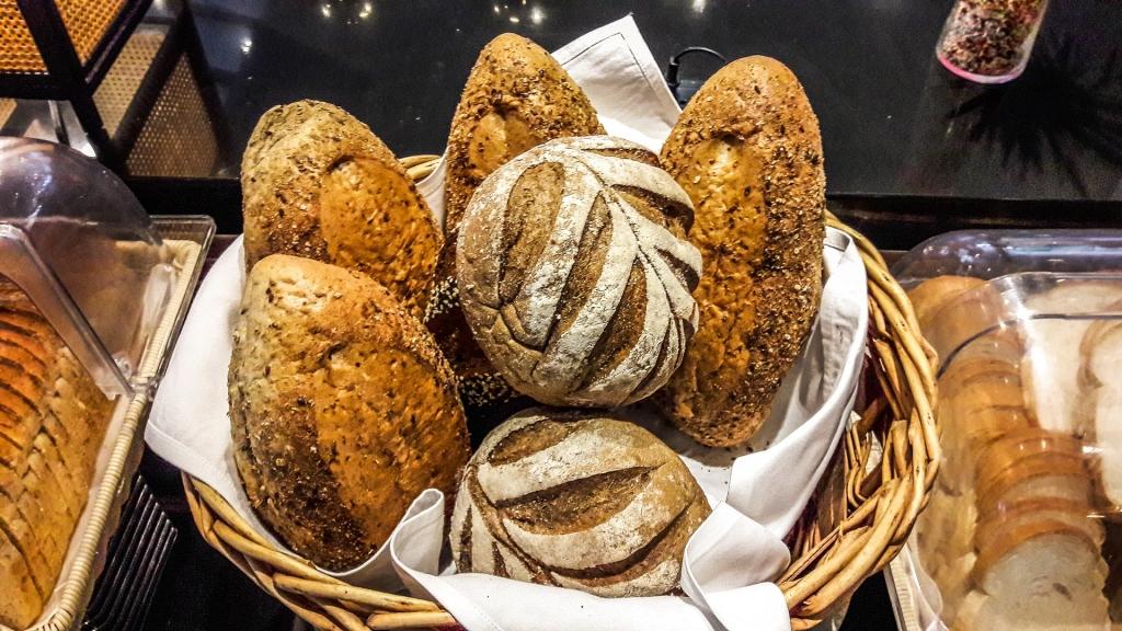 bread-1345077_1920