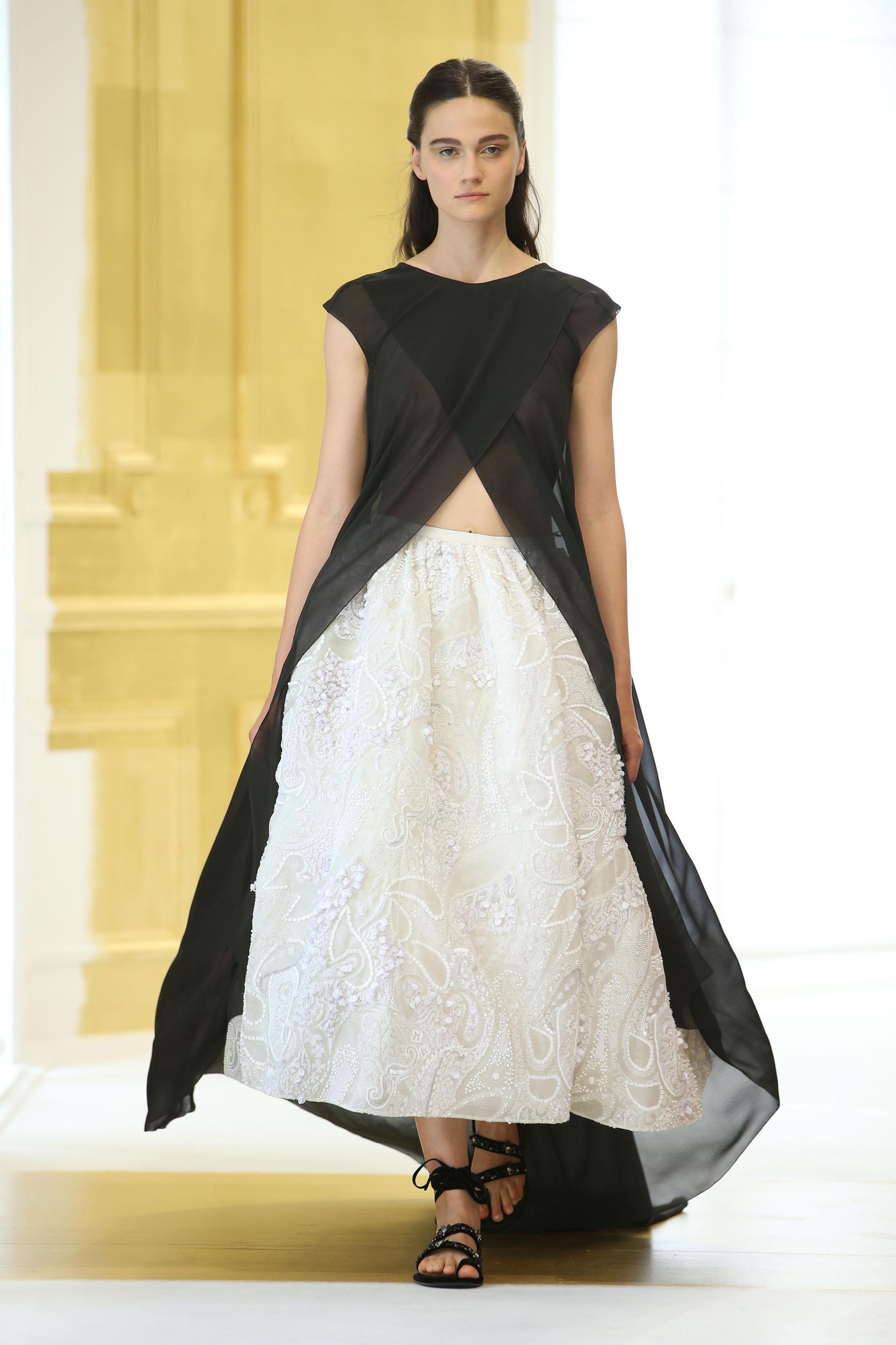 Dior haute couture autunno inverno 2016 17 video fashion for A haute couture