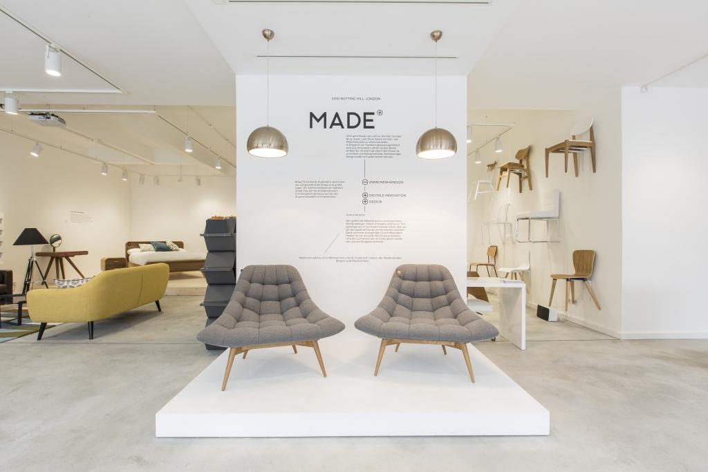 made com conquista berlino e chiama a raccolta gli. Black Bedroom Furniture Sets. Home Design Ideas