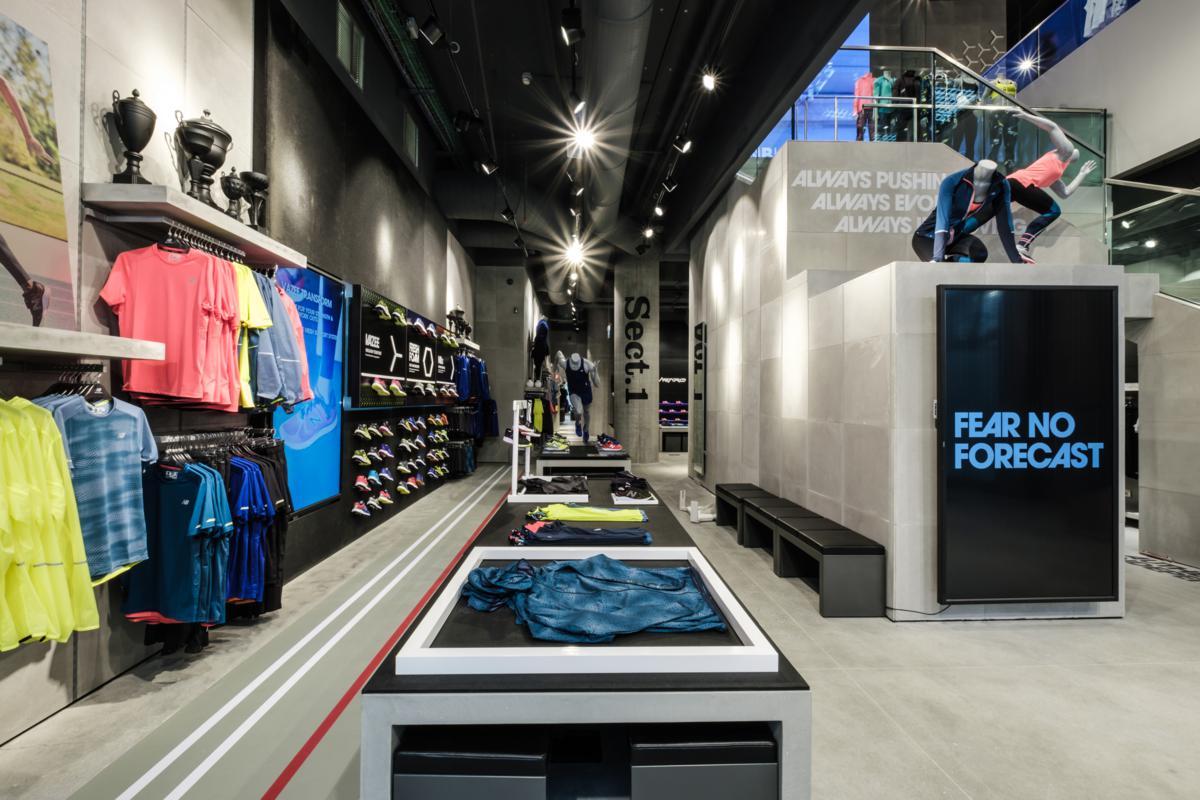 New balance apre il primo flagship store a milano for Milano shop