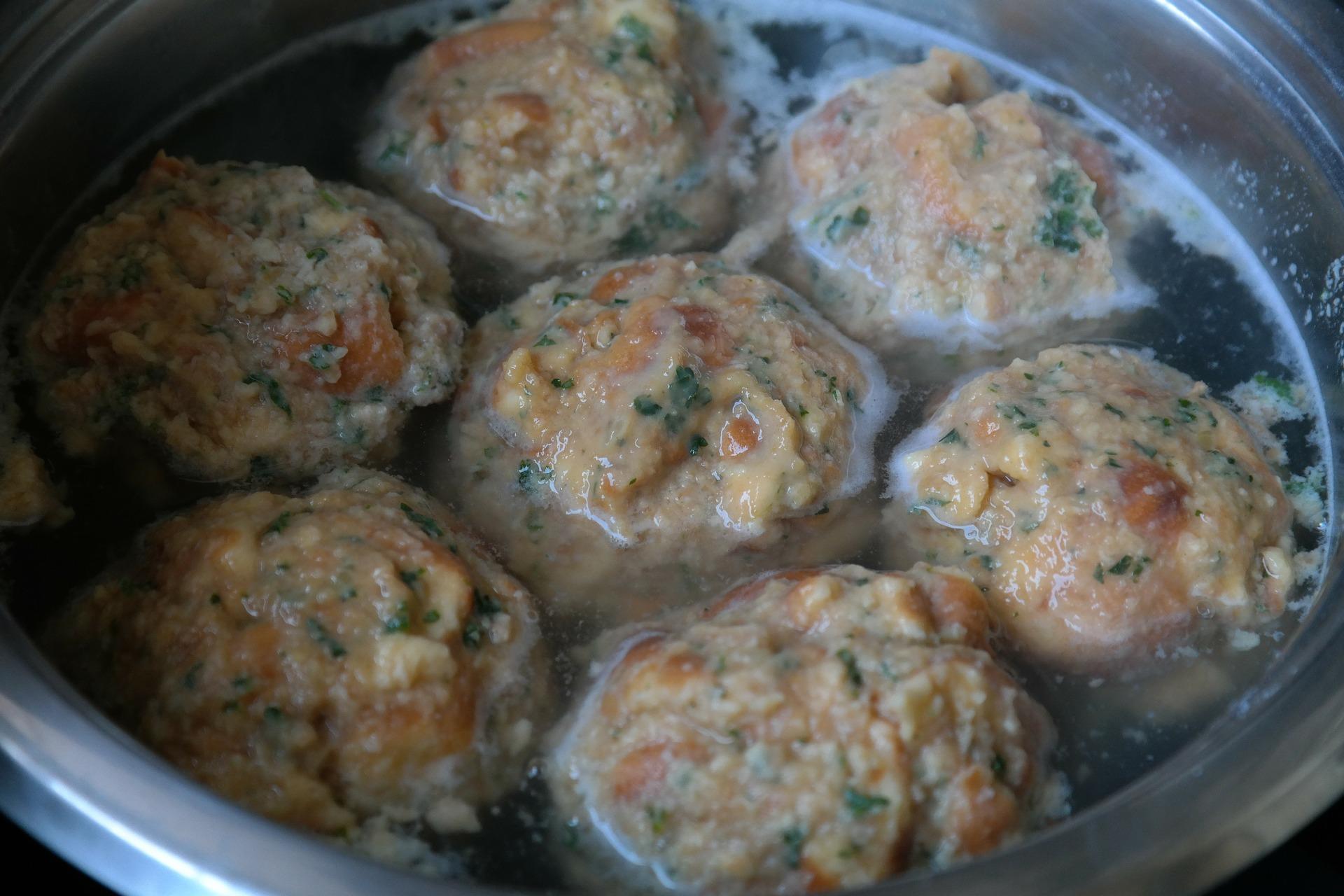 bread-dumplings-225930_1920